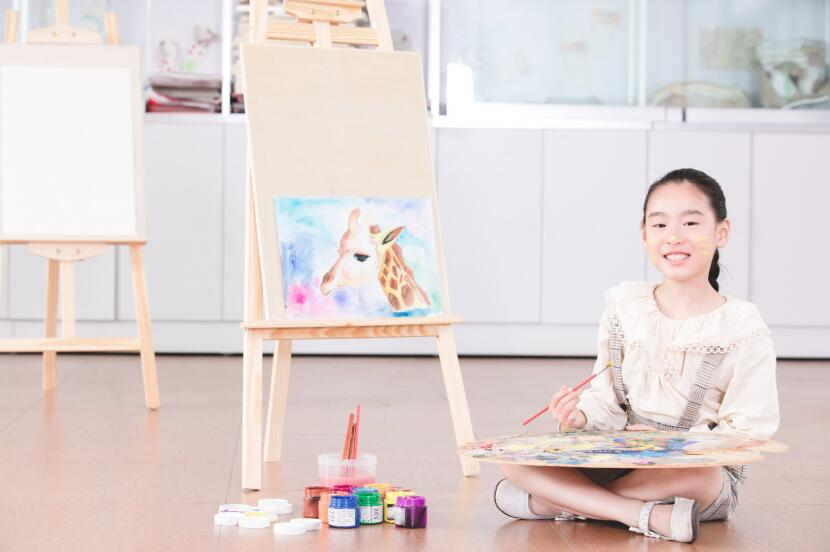 聚能少年国士堂儿童美术课:守护挖掘孩子想象力和创造力(图)_1